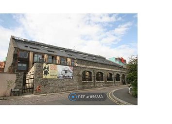 2 bed flat to rent in The Refinery, Bristol BS2
