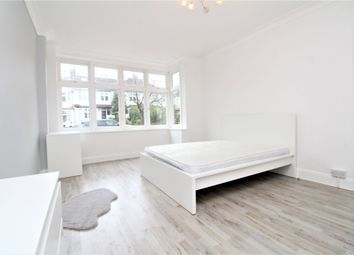 Thumbnail Room to rent in Abbots Way, Beckenham