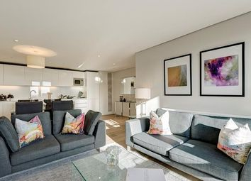 Thumbnail 3 bedroom property to rent in Merchant Square East, London