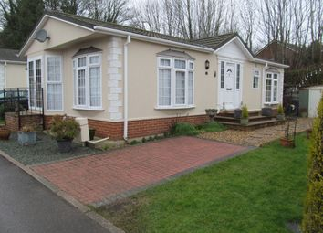 Thumbnail 2 bed mobile/park home for sale in Hatch Park (Ref 5824), Old Basing, Basingstoke, Hampshire