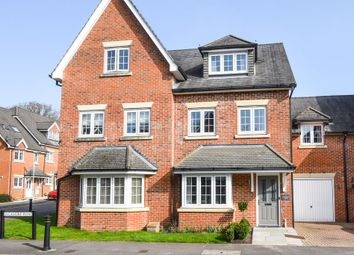5 bed town house for sale in Sycamore Road, Lindford, Bordon GU35