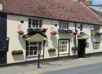 Thumbnail Pub/bar for sale in High Street, Brading, Sandown