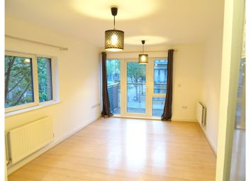 Thumbnail 3 bed flat to rent in Little Cottage Place, London