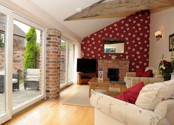 Thumbnail 2 bed cottage to rent in Heslington, York
