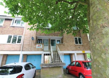 Thumbnail 4 bed property to rent in Goldings Crescent, Hatfield