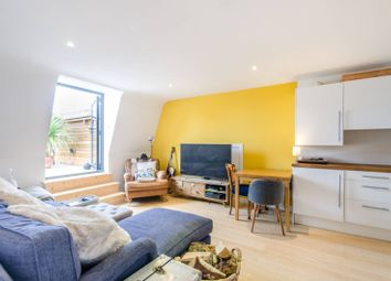 Thumbnail 2 bed flat to rent in Freeland Road, Ealing Common, London