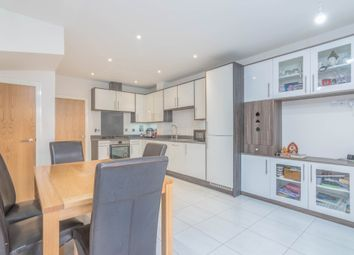 4 bed town house for sale in Rembrandt Way, Watford WD18