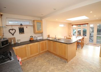Thumbnail 4 bed detached house to rent in Bargrove Avenue, Hemel Hempstead