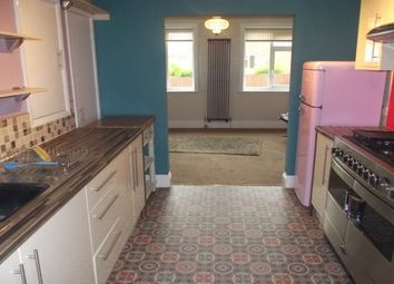 Thumbnail 3 bedroom flat to rent in Hanover Road, Exeter