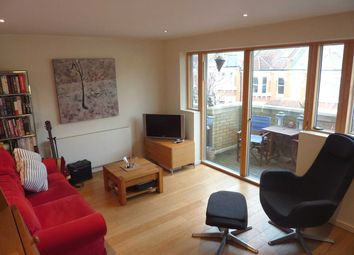 Thumbnail 1 bed flat to rent in Northfield House, London