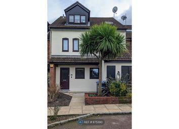 2 bed maisonette to rent in Gabrielle Close, Wembley Park HA9