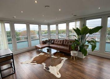 Thumbnail 2 bed flat to rent in Upper Teddington Road, Hampton Wick