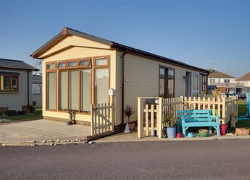 Thumbnail 2 bedroom mobile/park home for sale in Brighton Road, Lancing