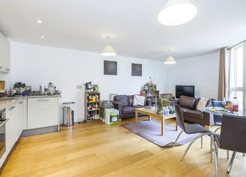 Thumbnail 2 bedroom flat to rent in Water Gardens Square, Southwark