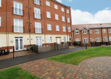 2 bed flat for sale in Abbotsbury Court, Dickens Heath, Solihull B90