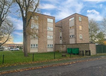 Thumbnail 2 bed flat to rent in Harvey Road, Aylesbury
