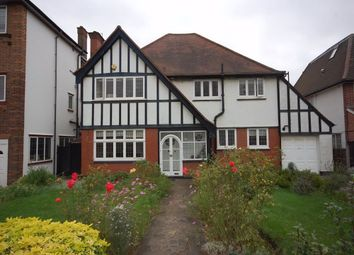 Thumbnail 5 bed detached house to rent in Beechwood Avenue, Finchley, London