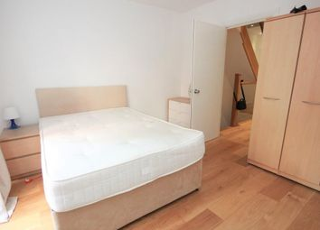 Room to rent in Benyamin Apartments, Rotherhithe Street, Canada Water, London SE16