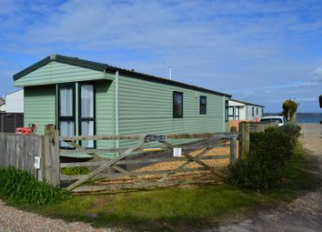 Thumbnail 2 bed mobile/park home for sale in Fishermans Walk, Hayling Island