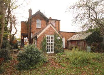 4 bed detached house for sale in Easthampstead Road, Wokingham RG40