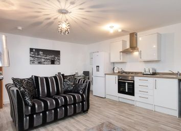 Thumbnail 3 bed flat to rent in Regent Road, London