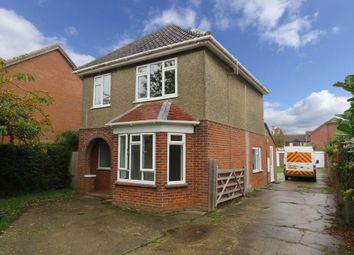 Thumbnail 3 bed detached house to rent in Norwich Road, Wymondham