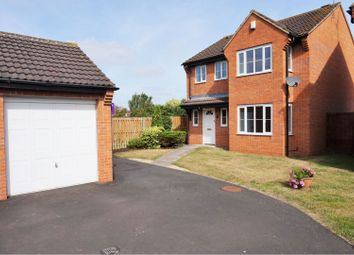 Thumbnail 4 bed detached house to rent in Farrington Close, Wellesbourne