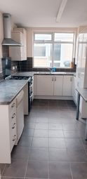 4 bed end terrace house to rent in Grant Rd, Wellingborough NN8