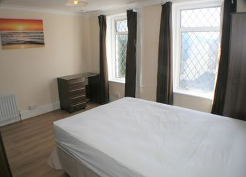 Thumbnail Room to rent in Saunders Street, Gillingham