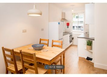3 bed maisonette to rent in Hammersmith Grove, London W6