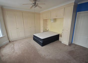 Thumbnail 3 bed property to rent in Windsor Road, Ilford, Essex