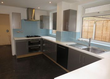 Thumbnail 6 bed property to rent in Westland Road, Watford