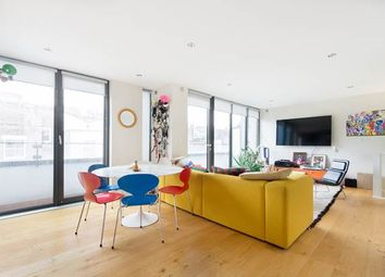 Thumbnail 3 bed property to rent in Munro Mews, London