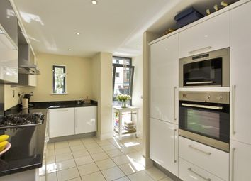 Thumbnail 4 bed property to rent in Scott Avenue, London