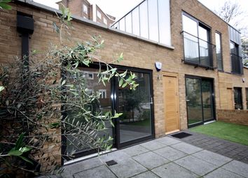 Thumbnail 1 bed flat to rent in 20 Embassy Lodge Green Lanes, Stoke Newington