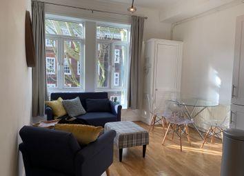 Thumbnail 3 bedroom flat to rent in Gray's Inn Road, London