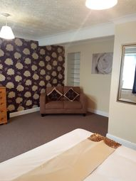 Thumbnail Room to rent in Ridgeway Road, Burton On Trent
