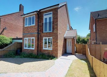 Thumbnail 3 bed detached house for sale in Goldcroft, Hemel Hempstead
