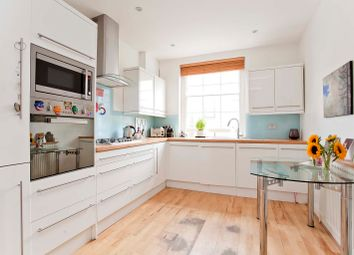 2 bed flat to rent in Barnsbury Road, Angel, London, Greater London N1
