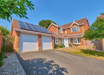 Micklefield Way, Seaford BN25. 4 bed detached house