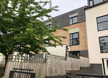 3 bed town house to rent in Hollies Lane, Salford M5