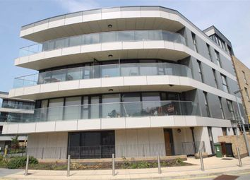 Thumbnail 2 bedroom flat for sale in Norfolk Apartments, Chingford
