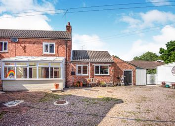 Thumbnail 3 bedroom cottage for sale in Old London Road, West Drayton, Retford
