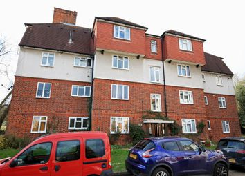 Thumbnail 3 bedroom flat to rent in High Road, Woodford Green