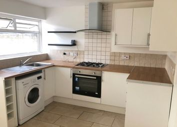 Thumbnail 3 bed property to rent in Roodegate, Basildon