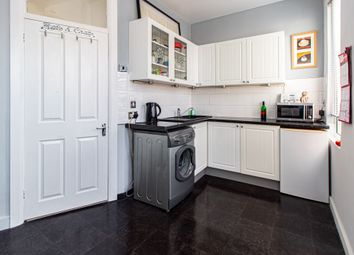 2 bed flat for sale in Hildaville Drive, Westcliff-On-Sea SS0