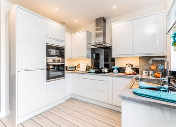 Thumbnail 3 bed town house for sale in Princes Road, Brighton