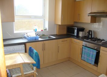 Thumbnail 3 bedroom flat to rent in Brecknock Road, Tufnell, Tufnell Park, London