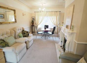 Thumbnail 2 bed flat for sale in Dawnay Drive, Anlaby
