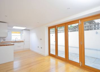 Thumbnail 2 bed flat to rent in Elm Park, Brixton